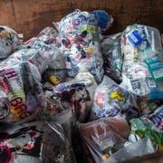 Kunststoffverpackungen in Kuh-Bags - das gibt es in der Stadt auch künftig nicht. (Bild: Andrea Stadler)