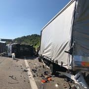 Beim Unfall wurde ein 26-jähriger Schweizer tödlich verletzt. (Bild: Kapo SG)