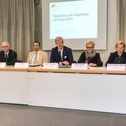 Der Stadtrat spricht an der Pressekonferenz über den Abschluss der Legislatur 2015 bis 2019. (Bild: Samuel Koch)