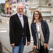 Ulrich Weideli und Aliye Gül sind Mitglieder des Komitees und wollen einen Neustart in der Stadtregierung. (Bild: Reto Martin)