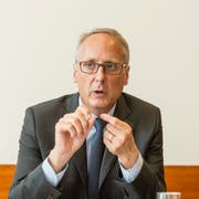 Urs Rüegsegger, der frühere Chef der St.Galler Kantonalbank und der SIX Group, nimmt sich selber aus dem Rennen ums Raiffeisen-Präsidium. (Bild: Hanspeter Schiess, 8. Oktober 2014)