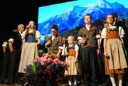 Keck begleiteten die Jodlerkinder durchs Programm.