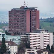 Das Kantonsspital Luzern, fotografiert am 10. Januar 2018 vom Gütsch aus.Übersicht