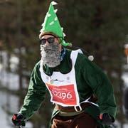 Der Läufer mit der Nummer 12396 benötigte für die rund 42 Kilometer zwei Stunden, 51 Minuten und 58 Sekunden. (Bild: Keystone)