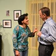 Das Ehepaar Frieda und Rupert Frisch, gespielt von Ruth Bühlmann und Markus Rast. (Bild: Yvonne Imbach, Schwarzenbach, 2. Mai 2019)