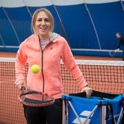 Karin Hechenberger und ihre Kollegin bauen zusammen die Schule Tennis-Academy Obwalden auf. (Bild: Boris Bürgisser (Kerns, 5. Januar 2018))