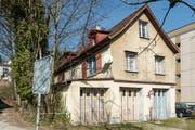 Der Kanton möchte das Häuschen Magniberg 3 im Stadtentwicklungsgebiet Platztor abbrechen. (Bild: Hanspeter Schiess - 13. März 2017)