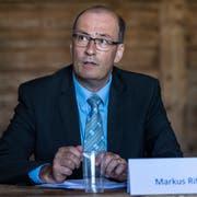 Markus Ritter, Präsident des Schweizer Bauernverband, glaubt, dass der Konsument Verständnis für einen höheren Milchpreis hat. (Bild: KEYSTONE/Patrick Huerlimann/Keystone; Schalunen, 12. Juli 2018)