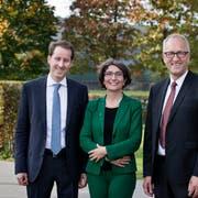 Thomas Aeschi (Nationalrat, SVP, links), Manuela Weichelt-Picard (Nationalrätin, Grüne) und Peter Hegglin (Ständerat, CVP). (Bild: Stefan Kaiser, Zug, 20. Oktober 2019)