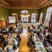 Die katholische Synode an einer Sitzung im Rathaus Weinfelden. (Bild: Andrea Stalder, 4. Februar 2016)