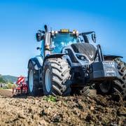 Technische Hilfsmittel spielen auf dem Bauernhof der Zukunft eine zentrale Rolle. (Bilder: Andrea Stalder)