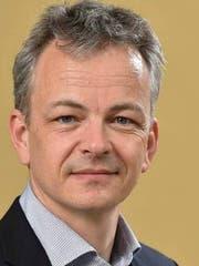 Daniel Kübler ist Professor für Politikwissenschaft an der Universität Zürich und Abteilungsleiter am Zentrum für Demokratie Aarau (ZDA).
