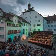 Puccinis «Tosca» im gedämpften Licht der Altstadt: Das Classic Open Air in Wil geht ab Freitag wieder über die Bühne. Bild: Benjamin Manser