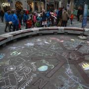 Zum Tag der Kinderrechte haben Kinder vergangenen November einen Flashmob veranstaltet. (Bild: Livia Grob)