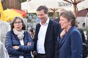 Katrin Meier, Leiterin Amt für Kultur (rechts), und Stadtpräsident Daniel Gut mit Gattin Käthi bei der Filmpremiere.