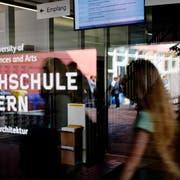 Auch die Hochschule Luzern hat in den vergangenen Jahren ihr Studienangebot ausgebaut – etwa im Bereich «Cyber Security». (Bild: Philipp Schmidli (Horw, 14. September 2015))