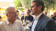 Treffen unter Nachbarn: Gemeindepräsident Roland Hardegger, Zuzwil (links) und Gemeindepräsident Alexander Bommeli, Oberbüren.