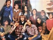 Ein Teil der 14 Jugendlichen, die 1978 mit der Eröffnung eines Dritt-Welt-Ladens die Basis für den Claro Laden am Flawiler Bahnhofplatz legte.