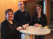 Sie referierten (von links): Miriam Schriber von Pro Senectute, Hausarzt Martin Sigg und Monika Keller, Leiter der Kesb Obwalden. (Bild: PD)