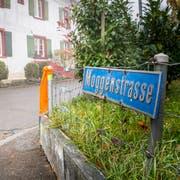Der vordere Teil der Altnauer Moggenstrasse wird umgestaltet und saniert. (Bild: Andrea Stalder)