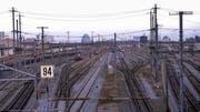 Reisende ab Basel SBB müssen mit Verspätungen und Umleitungen rechnen. (Bild: Martin Toengi)
