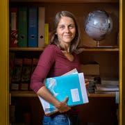 Corinne Brunner unterrichtet seit einem Jahr als Primarlehrerin in Krinau. Michael Laupsien unterrichtet seit 16 Jahren an der Oberstufe West in St.Gallen. (Bilder: Urs Bucher und Michel Canonica)