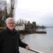 Josef Graf ist oft in der Natur: Nun hofft er auf einen Uferweg für Rorschacherberg. (Bild: Jolanda Riedener)