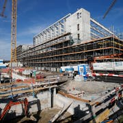 Das OYM-Zentrum in Cham ist derzeit im Bau. (Bild: Stefan Kaiser, 7. November 2018)