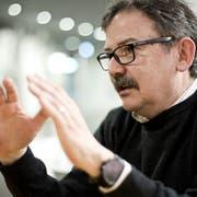 Diego Yanez – fotografiert 2014 bei einem Interview anlässlich seiner neu bekleideten Stelle als Direktor des MAZ. (Bild: Manuela Jans, Luzern, 19. Februar 2014)