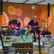 Andy Egert und Marc Ray Oxendine spielten anlässlich der Sommerloch-Konzerte im Eisenwerk. (Bild: Christoph Heer)