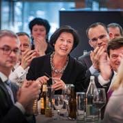 Barbara Frei feiert ihre Wahl zur Stadtparlamentspräsidentin in der Lokremise. (Bild: Urs Bucher)