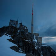 Ein exponierter Berg: Bis zu 400 Blitze werden pro Jahr am Säntis registriert. (Bild: Benjamin Manser)