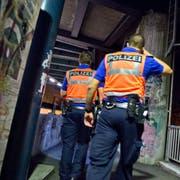 Die Luzerner Polizei auf Patrouille. (Bild: Dominik Wunderli / Luzern, 26. September 2014)