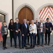 Die Nationalrats-Kandidaten der SP Kanton Luzern mit Regierungsratskandidat Jörg Meyer vor dem Rathaus in Sursee. (Bild: PD)