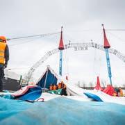Der Zirkus Knie baut im April 2018 sein Zelt in der Grossen Allmend in Frauenfeld auf. (Bild: Andrea Stalder)