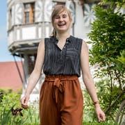 Die Maturaarbeit über die Geschichte von Schloss und Hof Wartensee hat Maturandin Salome Erni viel Freude bereitet. (Bild: Nadia Schärli, Neuenkirch, 17. Juni 2019)