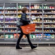 Blick in die Migros in der Mall of Switzerland. (Bild: Pius Amrein (Ebikon, 21. März 2018))
