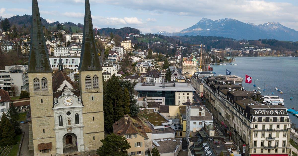 Nach dem Brand in Paris: So werden die Luzerner Hofkirche und die Peterskapelle geschützt