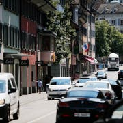 Besonders die Zahl der Allradfahrzeuge ist im Kanton Zug in den vergangenen Jahren stark angestiegen. (Bild: Stefan Kaiser, Zug, 24. Juli 2018)