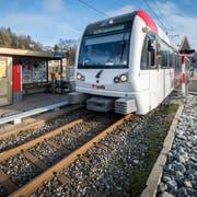 Heute noch einspurig: Die Haltestelle Lüdem soll in den nächsten Jahren zu einer Kreuzungsstelle ausgebaut werden. (Bild: Reto Martin)
