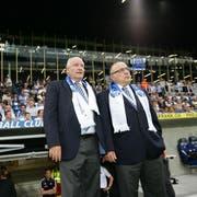 Der damalige FCL-Präsident Walter Stierli (links) und Grossaktionär Bernhard Alpstaeg an der Eröffnungsfeier der Swisspor-Arena. (Bild: Philipp Schmidli (Luzern, 3. September 2011))