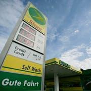 Die Agrola hat 2018 mehr Benzin und Diesel verkauft, ihre Tankstellenshops haben den Umsatz gesteigert. (Bild: Reto Martin)