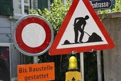 Eine Signalisation, die auch diesen Sommer auf Stadtsanktgaller Strassen oft anzutreffen ist. (Bild: Reto Voneschen)