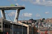 Die eingestürzte Brücke in Genua. (Bild:Antonio Calanni/AP, 15. August 2018)