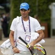 Rafael Nadal ist irritiert über die Versetzung. (Bild: Peter Klaunzer/Keystone (London, 26. Juni 2019))
