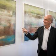 Künstler Werner Petraschke an seiner Vernissage «Inspiration Kunst» (Bild: Reto Martin)