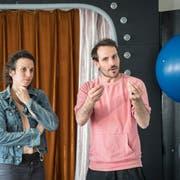 St. Gallen - Compagnie Buffpapier: Franziska Hoby und Stéphane Fratini in ihrem Proberaum in der Hauptpost St.Gallen. Bild: Ralph Ribi