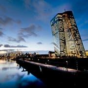 Sitz der Europäischen Zentralbank (EZB) in Frankfurt am Main. Bild: Michael Probst/AP (11. Dezember 2018)