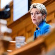 Karin Keller-Sutter gilt als Favoritin für die Nachfolge von Bundesrat Johann Schneider-Ammann, obwohl sie noch gar nicht gesagt hat, ob sie kandidieren wird. (Bild: Anthony Anex)