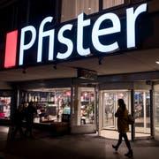 Die Möbel-Pfister-Filiale an der Zürichstrasse 33 in Luzern: Sie wird per Ende 2019 geschlossen. Bild: Boris Bürgisser (Luzern, 15. Januar 2019).
